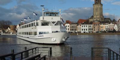 Weihnachtsfeier Schiff Köln.Reederei Eureka Betriebsfest Und Familienausflug Auf Dem Wasser